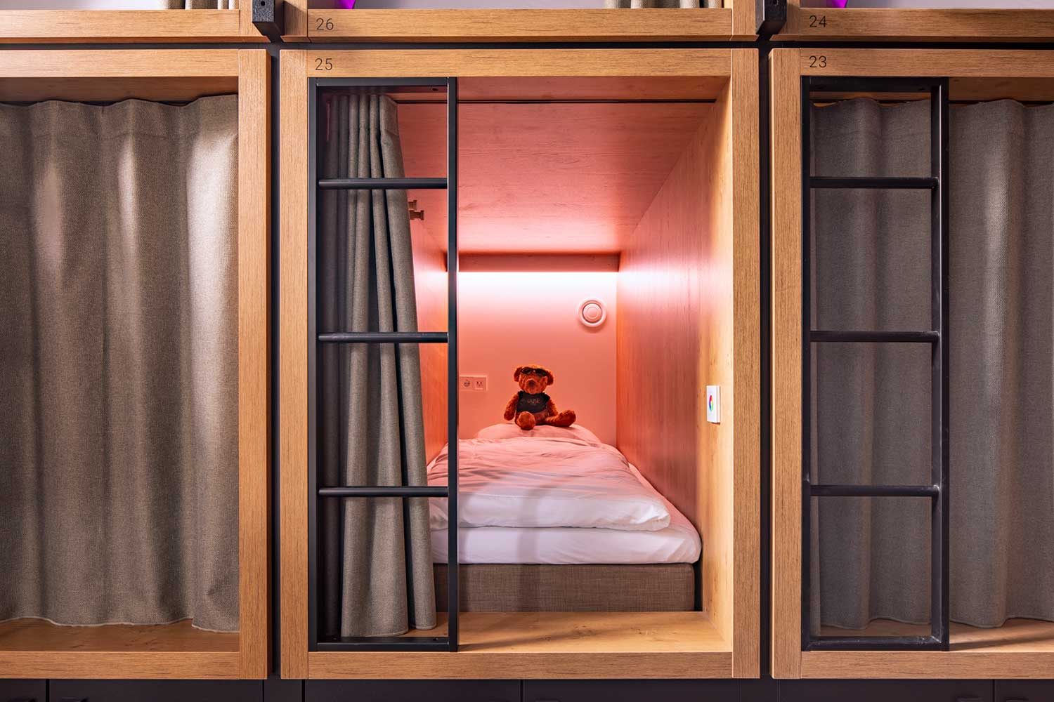BUNK Hotel offers festival discount + welcome drink for LGW19 visitors